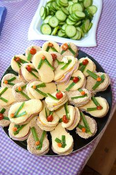 Flip flop sandwiches! #flipflops http://pinterest.com/complcoastal/fun-with-food-coastal-style/: Flipflops, Recipe, Flop Sandwiches, Flip Flops, Spa Party, Partyideas, Party Ideas, Party Food