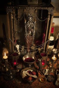 Found on weheartit.com via Tumblr  Oh, I want an altar like this some day.  And the room to have it.: Statue, Wiccan, Dark, Sacred Space, Altars