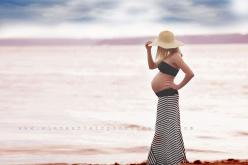 Have to do this one day: Maternity Shoot, Maternity Photo Shoot, Maternity Photoshoot Outfit, Beach Maternity Photo, Pregnancy Photo, Maternity Photography Outfit, Pregnancy Beach Photo, Maternity Photo Outfit