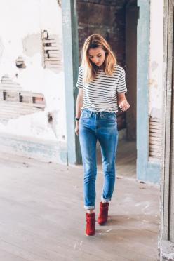 Image Via: Prosecco & Plaid in the Etienne Striped Tee: Boyfriend Jeans Outfit, Striped Tee, Skinny Jeans, Statement Necklace, Plaid And Stripes, Fall Styles, Fall Stripes