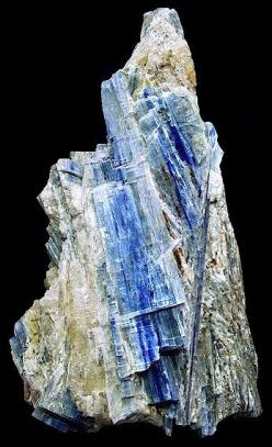 Kyanite: excellent for balance, attunement, and meditation; is a powerful transmitter, and promotes stimulation of intuition and psychic abilities: Rocks Crystals Gems, Minerals Amethyst Crystals, Rocks Minerals Stones, Gemstones Crystals, Crystals Gems M