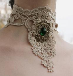 Lace steampunk choker--Make your own unique jewery!! Tons cheaper, or look on ebay--Cheap!!: Lacer Collar, Venice Victorian, Choker Ivory, Victorian Lacer, Emerald Royal, Steampunk Choker