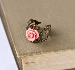ring ring ring: Vintage Ring, Fashion, Style, Roses, Jewelry, Pink Rose, Accessories, Rose Rings