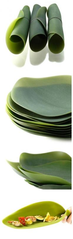 Silicone leaf plates for Hobbits.  x: Leaf Plates, Ceramic Plates, Geek Gift, Real Plate, Silicone Leaf, Camping Snack Ideas, Hobbit Type, Type Picnics