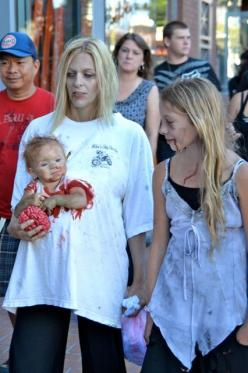 This is too funny!!!: Halloweencostumes, Holiday, Halloween Costumes, Costume Ideas, Zombie Costumes, Baby Costume, Halloween Ideas, Zombies