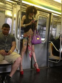 WTF?!?!: Funny Pictures, Amy Winehouse, Funny Stuff, Humor, Funny Photos, Wtf, Funny Gif, People
