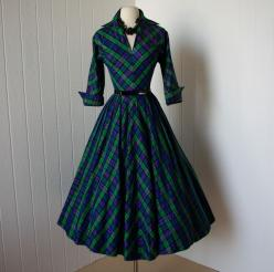 Amazing 1950s plaid day dress:  the 50s had, by far, the GREATEST women's clothing EVER! <3: Style, Plaid Dresses, 1950S Dresses, Dresses Plaid, 1950S Plaid, 1950S Fashion Women, 1950S Christmas Dress, 1950S Day Dress, 1950S Chevron
