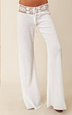 Beachy Pants...oooooo I just wanna snuggle up on my beach chair by the pool and read a good book wearing these!: Beach Chairs, Beach Wear, Loungewear, Stylish Lounge, Lounge Wear, Style, Beach Pants, Perfect Summer, Beachy Pants Oooooo