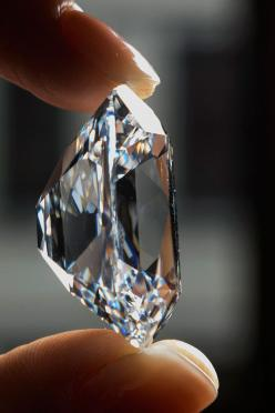 Breathtaking Diamond Photos to to add to your collection visit  http://svpicks.com/diamond-photos-hd/: Diamonds, Colorless Diamond, Celine Dion, World Records, Archduke Joseph, Joseph Diamond, Tv Special, Dion Wore
