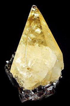 Calcite sur Sphalérite Elmwood Mine, Smith County, Tennessee Taille=8.8 x 5 cm