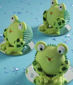 Frog cupcakes #cupcakes