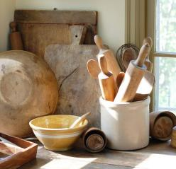 Frog Goes to Market: Kitchens, Wooden Bowls, Bread Boards, Cutting Board, Rolling Pins, Farmhouse Kitchen, Frogs, Antique, Rustic Kitchen