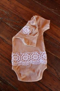 Lace on onesie--looks like a white tea died onsie..adding embellishments should be easy peasy...so cute for a vintage look :): Shower Ideas, Darling Onesie, Babygirl, Diy Onesie, Baby Girl, Lace Onesie, Shower Gift, Baby Shower, Baby Stuff