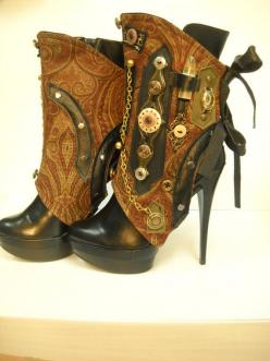 "nice idea..instead of actual decorating my boots..I could make them a little decorated ""corset"" and just attach it!: Steampunk Boots, Steampunk Fashion, Idea, Steampunk Shoes, Steampunk Style, Steampunk Heel, Steam Punk, Steampunk Spats, Steampunk"