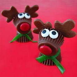 Reese's Cup Rudolph the Red Nose Reindeer Treats for Christmas: Christmas Food, Holiday, Christmas Crafts, Nose Reindeer, Cup Rudolph, Reindeer Treats, Christmas Treats, Christmas Ideas