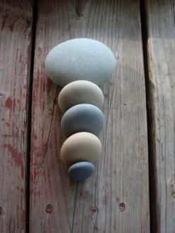 Rock | Pebble | Stone | 岩 | 石 | Pierre | камень | Pietra | Piedra | Color | Texture | Pattern |: Colour, Hand, Beach Stones Glass, Bowl, Feel Stone, Grey Stones