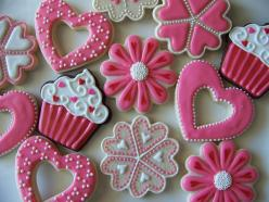 Valentine cookies. Nice variety.: Valentine Cookies, Pink Cookies, Decorated Cookies, Cookie Ideas, Pink Birthday, Valentine S, Sugar Cookie