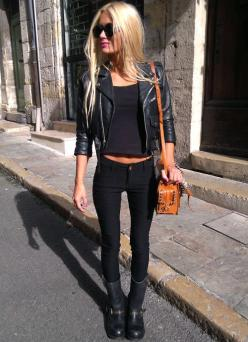 Women's fashion - style - cute outfit - hot - sexy - edgy - blonde - handbag - skinny jeans - concert outfit: Fashion, All Black, Clothes, Street Style, Allblack, Black Outfit, Fall Winter, Wear
