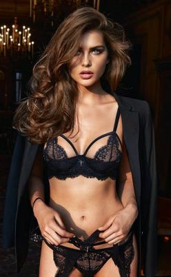 Black lingerie: Black Lace, Fashion, Girl, Style, Beautiful, Sexy Lingerie, Black Lingerie, Things, Sexylingerie