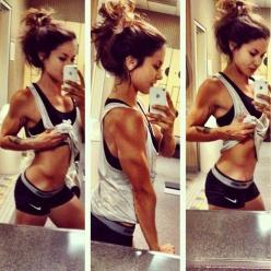 Dang! Those guns!!! #arms guns muscles tone fitness workout bulk definition lean health inspiration: Fitspo, Body Goals, Fitspiration, Fitness Inspiration, Toned Arms, Dream Body, Fitness Motivation, Workout