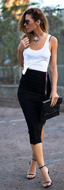 How To Wear Pencil Skirts Casually - blog post at http://www.hercouturelife.com/style/wear-pencil-skirts-casually/: Summer Street Style, Sexy Pencil Skirt Outfit, Black Pencil Skirt Outfit, Night Outfit, Midi Pencil Skirt, Casual Pencil Skirt Outfit, Penc