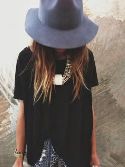 Love everything about this outfit... The hat, the necklace, the black!: Boho Chic, Fashion, Statement Necklaces, Style, Clothes, Outfit, Chunky Necklaces