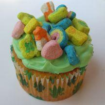LUCKY CHARM CUPCKES: For St. Patrick's Day or anytime you need a bit of good luck, make these easy cupcakes with Lucky Charms cereal on top. They're magically delicious!: Stpatricks, Lucky Charms, Charms Cupcakes, Lucky Cupcake, St. Patrick'S Day, St