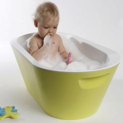 Make bathtime fun and easy with the Baro Baby Bath by Hoppop. Great baby shower gift! Comes in Fuschia, Lime and Turquoise.: Babies, Bato Baby, Bath Tubs, Baro Baby, Bathtub, Baby Bath, Baby Stuff