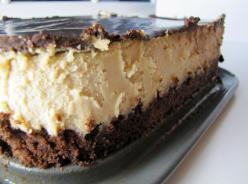 Peanut Butter Cheesecake with a Brownie Crust.: Cheese Cake, Peanut Butter Cheesecake, Food Cheesecake, Recipes Cheesecake, Sweet Treats, Sweet Tooth, Peanut Butter