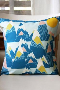 REALLY want a few of these throw pillow covers from Leah Duncan. Really. (really.): Removable Throw, Mountains Removable, Pattern, Throw Pillow Covers, Leahduncan, Throw Pillows, Leah Duncan