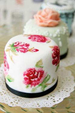 Vintage Inspired  Mini Cakes ~ Bake-a-Boo NZ: Floral Cake, Wedding Cakes, Minis, Mini Cakes, Vintage Inspired, Floral Pattern