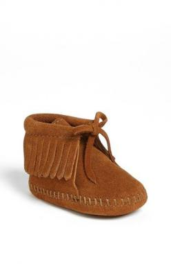Baby girl Mintjal just got these cute boots :) Minnetonka Fringe Bootie (Baby & Walker) | Nordstrom: Babies, Nordstrom, Minnetonka Fringe, Baby Girl, Baby Walkers, Fringes
