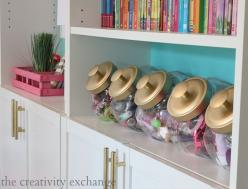 Cookie jars with spray painted lids for organizing for a girl's room.  The Creativity Exchange: Tween Girls Room, Tween Girl Room Idea, Tween Girl Bedroom Idea, Cookie Jars, Tween Girls Bedroom, Tween Bedroom, Tween Room Idea