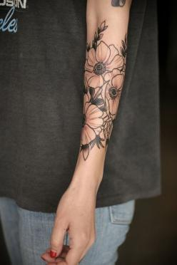 I guess I want my tattoo done by Alice Carrier if at all ever possible. Holy smokes.: Tattoo Ideas, Alice Carrier, Forearm Flower Tattoo, Forearm Tattoo, Flower Tattoo Arm, Flower Tattoos, Floral Tattoo, Ink
