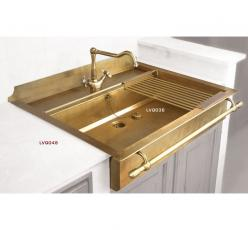 Kitchen sinks, drains and water run-off production - Restart Florence: Interior, Ideas, Brass Sink, Gold Sink, Kitchen Sinks, Brass Kitchen, Kitchensink, Design