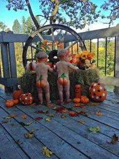 Not that I would ever make my children do this .... but its super cute!  :)