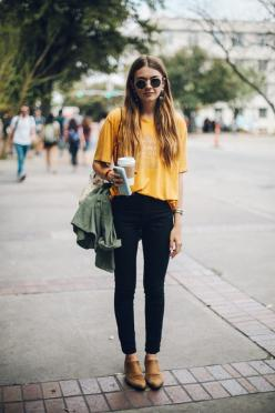 Street Style Inspiration at SXSW (via Bloglovin.com ): Casual Perfection, Freepeople, Style Inspiration, Street Style, Outfit Inspiration, Street Styles, Free People, Spring Outfit, Mustard Outfit