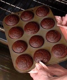 Try these foolproof baking tips and techniques, brought to you from the Real Simple test kitchen.: Simple Test, Cupcakes Cake, Baking Tips, Flawless Cakes, Baking Cake, Cooking Tips, Baked Cupcakes, Real Simple