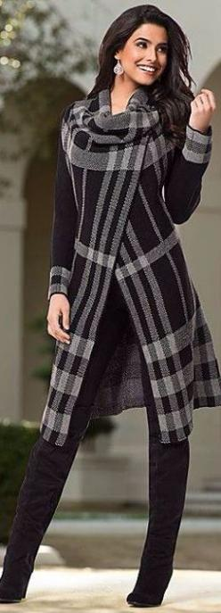 Cool Street Style and Chic fashion | sexy brunette in black and white | keep smiling beauty | dazzle her with beauty and drama of diamonds earring jewelry gift of love | #thejewelryhut: Black And White Plaid Outfit, Coats Jackets, Street Style, Fashion Be