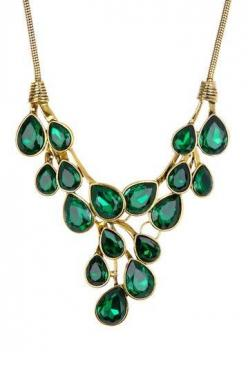 https://www.bkgjewelry.com/sapphire-ring/472-18k-yellow-gold-blue-sapphire-solitaire-ring.html emeralds: Beautiful Emeralds, Emerald Green, Style, Cluster Necklace, Emeralds Birthstone, Color Crystals, Crystal Cluster