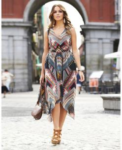 Nice for summer mix it up with sandals. If you wear it as an evening dress throw on some heels. Come winter of fall grab those high boots. Wear this flare with flare: Evening Dresses, Print Maxi Dresses, Style, Cute Dresses, Plus Size Dresses, Wear, Dress