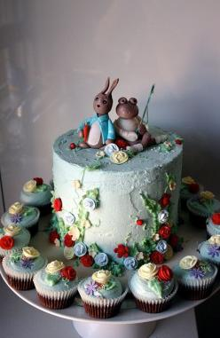 Peter Rabbit & Jeremy Fisher cake.  Is a cake art?  When it looks like this, yes.: Party Cake, Peter O'Toole, Food, Peter Rabbit, Beautiful Cakes, Photo, Birthday Cakes, Dessert