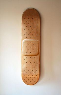 What a clever skateboard design! Too nice for skating...perfect for hanging on a boys room!  #skateboard #smile #clever www.rockmyroost.co.uk: Skateboarding, Bandaid, Art, Band Aid Skateboard, Skateboard Design