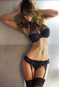 black, lace. and THAT BRA! while this is getting in my closet ill take the body/physique too.: Black Lace, Girls, Sexy Lingerie, Hot, Black Lingerie, Good, Sexylingerie, Beauty, Women