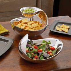 Cool looking serving dishes: Super Bowl, Chip Dip Bowls, In Style, Nambe Metal, Scoop Server, Chip Dips, Scoop Chip And Dip Server, Design
