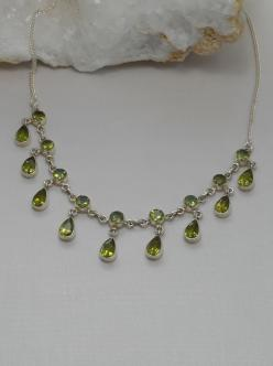 Delicate Peridot Necklace 3: Delicate Peridot, Necklaces, Peridot, Products