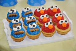 Elmo and Cookie Monster cupcakes: Cookie Monster Cupcakes, Sesame Street, Food, Decorated Cupcakes, Birthday Cupcakes, Monsters, Kids, Birthday Party Ideas, Elmo Cupcakes