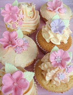 Fondant Flower Cupcakes by Icing Bliss, via Flickr: Cup Cakes, Decorating Idea, Pretty Cupcakes, Pastel, Sweet, Food, Flower Cupcakes, Beautiful Cake, Fondant Flowers