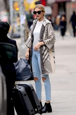 Gigi Hadid out and about in New York City rocking KREWE.: Celebrity Street Style, Fashion Outfit, Celebrity Outfits 2015, Gigi Hadid 2015 Style, Gigi Hadid Outfits, Gigi Hadid Streetstyle, Gigi Hadid Street Style 2015, Travel Outfit, Gigi Hadid Style Outf