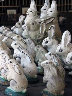 """he he ...""""white rabbit's""""  a bit spooky...but hey...can you imagine in your garden.??..i can't..not all..but would be sorta cool..if large garden..: Rabbit, Bunnies Easter, Bunny, Easter Bunnies, Lapin, Collection, Bunnies Garden, Vintage"""
